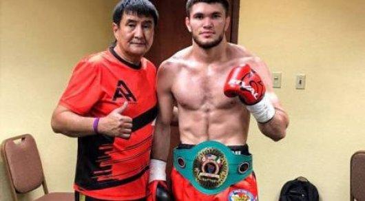 Казахстанский боксер нокаутировал за полторы минуты непобежденного американца