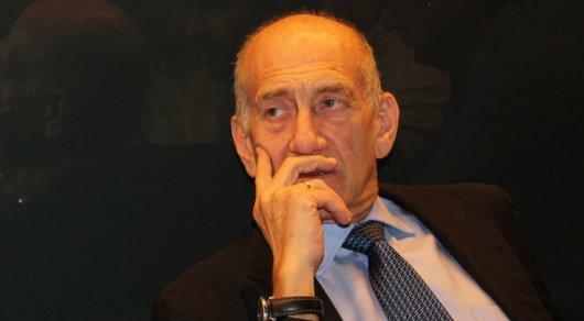 Осужденный за коррупцию экс-премьер Израиля досрочно вышел на свободу