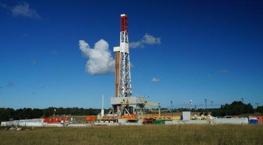 Нефть дорожает на данных о снижении числа буровых установок в США