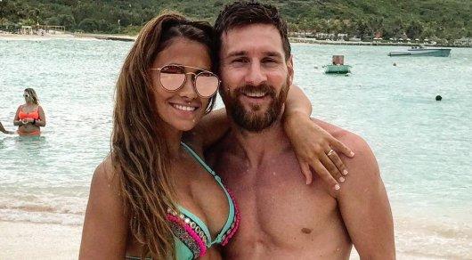 Лионель Месси с супругой проводят медовый месяц на Карибах