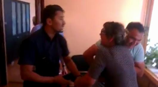 Участников конфликта в акимате Сатпаева арестовали на пять суток