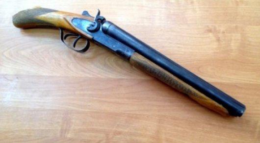 Ревнивый карагандинец прострелил сопернику пах и получил условный срок