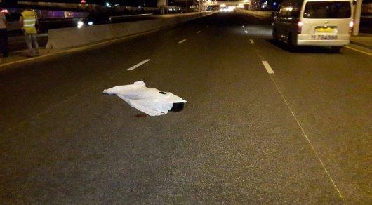 Водитель Audi насмерть сбил мужчину в Алматы