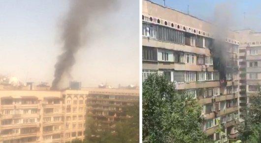В Алматы горит квартира в доме, рядом с которым несколько лет назад взорвался бензовоз