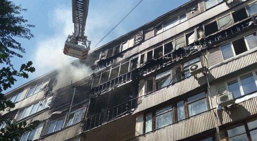 Пожар в многоэтажке Алматы ликвидирован