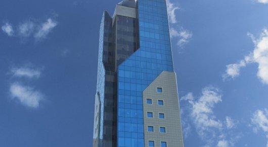 Преступники вскрыли сейфы на нескольких этажах бизнес-центра в Алматы