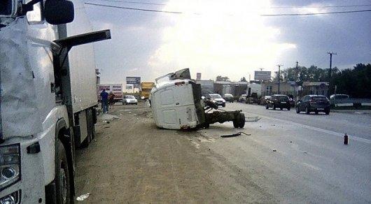 Семья из 4 человек погибла в ДТП, возвращаясь из Казахстана в Россию