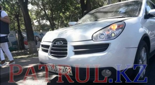 Женщина за рулем Subaru сбила пятерых пешеходов в Алматы