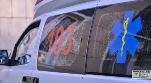 Медики рассказали о состоянии пешеходов, сбитых женщиной на Subaru в Алматы