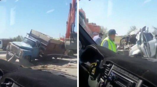 Появилось видео последствий ДТП, в котором погибли депутат маслихата и советник акима ЮКО