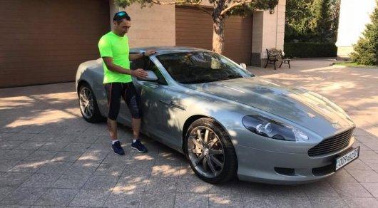 Айдын Рахимбаев выкупил свой Aston Martin, отданный на благотворительность