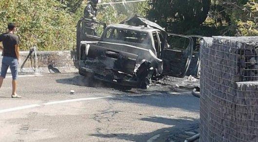 Автомобиль сгорел после взрыва газового баллона в Алматы