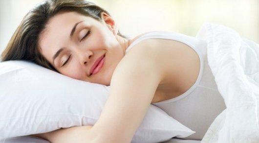 Ученые рассказали, сколько надо спать для снижения риска ожирения