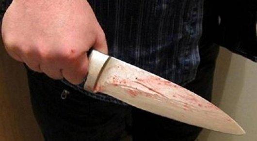 Полицейский 4 раза ударивший ножом сельчанина отделался штрафом в Павлодаре