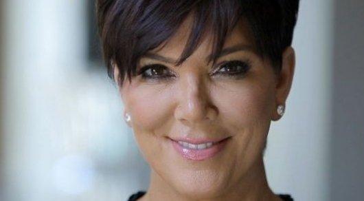 Селфи 61-летней матери Ким Кардашьян в бикини взорвало соцсети