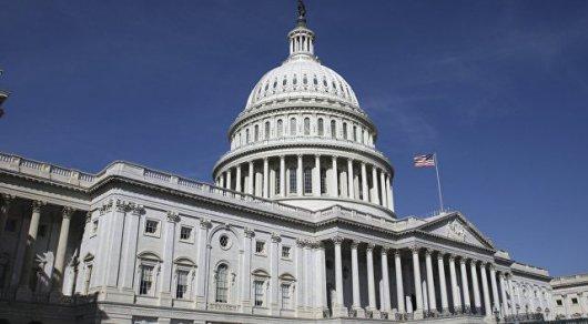 Сенат США запретил Трампу делать назначения во время каникул конгресса