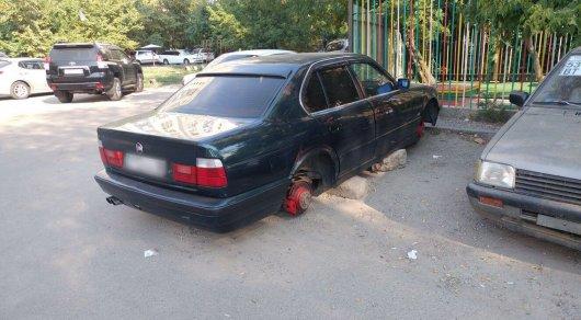 Какие запчасти с машин крадут в Алматы чаще всего, рассказали в прокуратуре