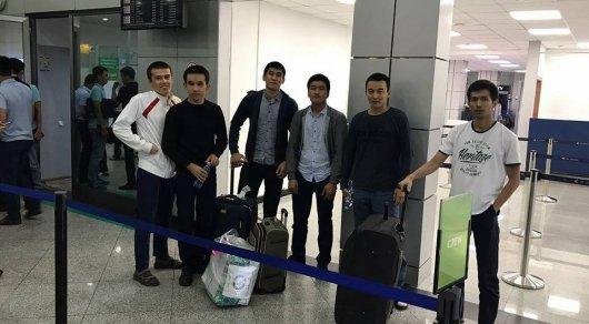 Задержанные в Египте казахстанские студенты вернулись на родину