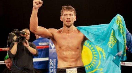 Казахстанский тяжеловес нокаутировал бывшего претендента на титул чемпиона мира