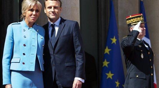 Французы против предоставления жене Макрона статуса Первой леди