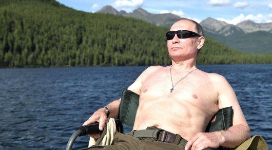 Опубликовано полное видео охоты Путина на щуку