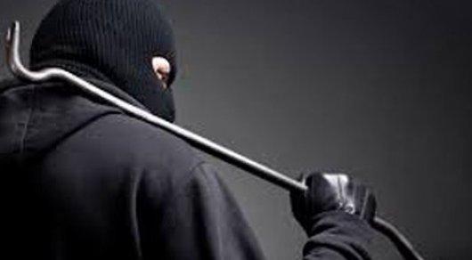 """""""Ворвались в дом, связали скотчем"""" - полиция задержала нападавших на семью бизнесмена под Талгаром"""