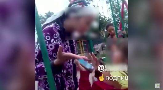 Женщина ударила девочку по лицу, выгоняя ее с качелей в Темиртау