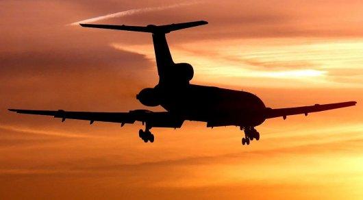 Российский военный самолет пролетел над Белым домом - CNN