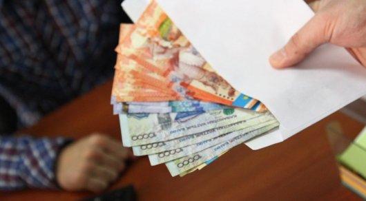 Директор школы в Астане покинула пост после обвинения в коррупции
