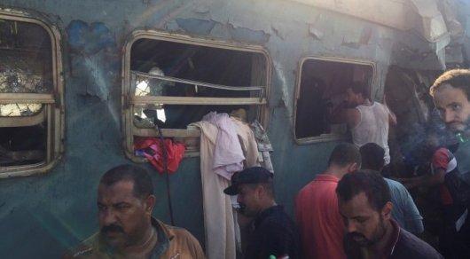 Египетский чиновник умер, увидев жертв столкновения поездов