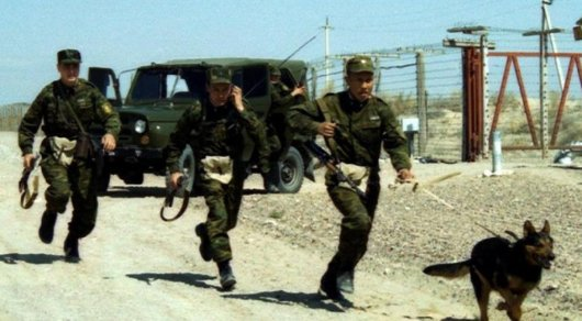 Родных погибшего при стрельбе на казахстанско-кыргызстанской границе допрашивают полицейские