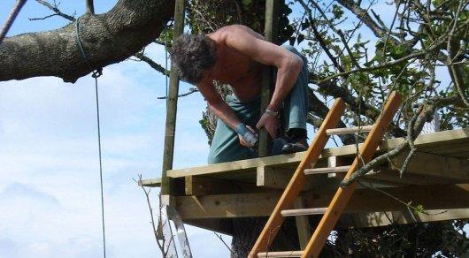 Житель Лисаковска строит