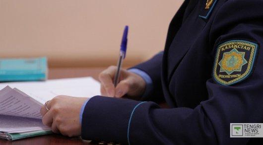Покончившего с собой Омирбека Жампозова просят признать виновным и освободить от наказания