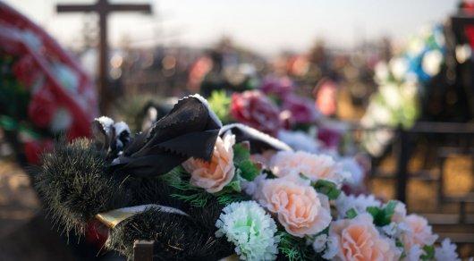 Брата Виктора Цоя похоронили в Алматы