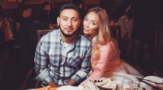 Ведущий Алан Черкасов объявил о своем расставании с женой