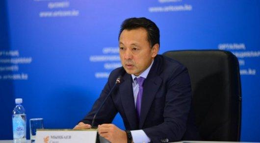 Сауат Мынбаев почувствовал на себе силу удара при ДТП