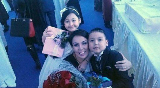 Трогательной историей о спасении мальчика поделилась Аружан Саин