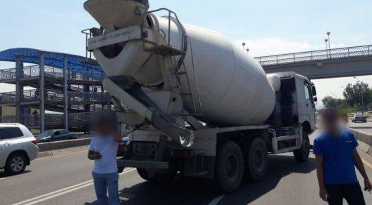 Смертельное ДТП на барахолке в Алматы: Арестован водитель бетономешалки