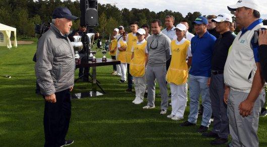 Назарбаев открыл гольф-клуб