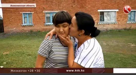 Родители спустя 14 лет встретили дочь, которую считали умершей