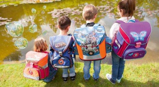 Как выбрать ранец и форму для школьника