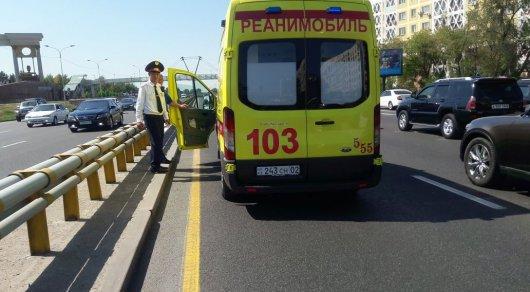 Еще одна женщина попала под колеса по проспекту Аль-Фараби в Алматы