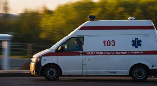 Автомобиль с 4 девушками врезался в бетонный блок в Алматинской области: есть погибшие