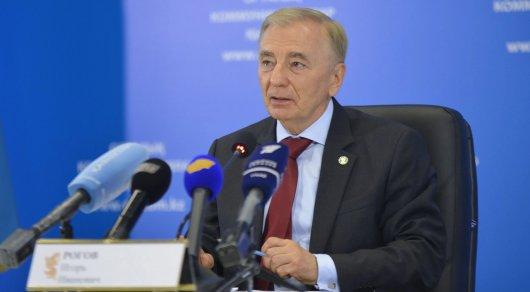 Казахстан опережает Россию по развитию права - глава КС РК