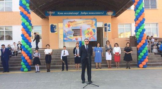 Министр образования рассказал, как готовил к школе своих детей