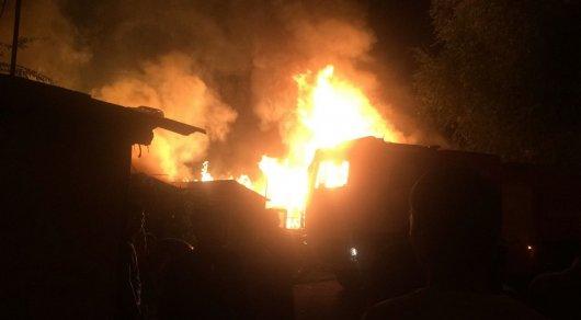 Четыре часа тушили ночной пожар в Алматинской области