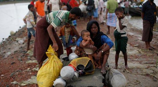 За10 дней 270 тыс.  мусульман убежали  изМьянмы,— ООН