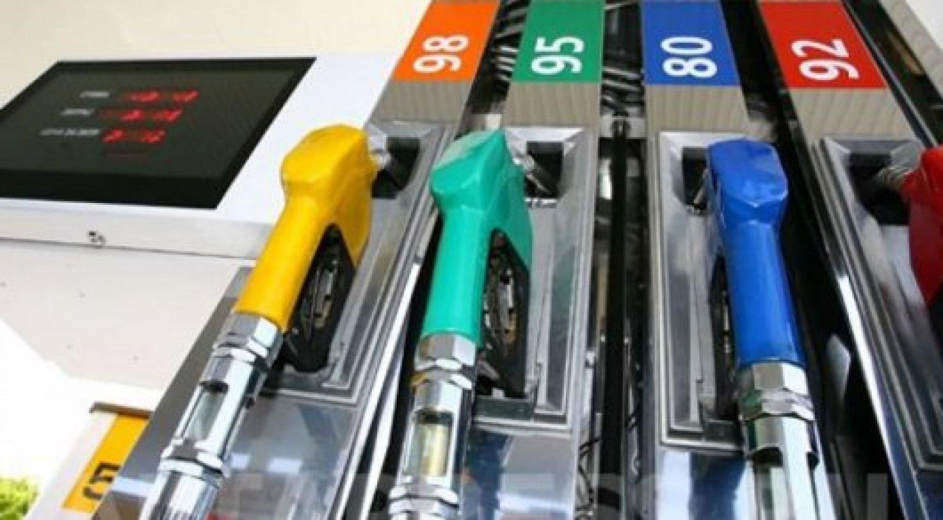 Картинки по запросу Удобные цены на топливо в Казахстане