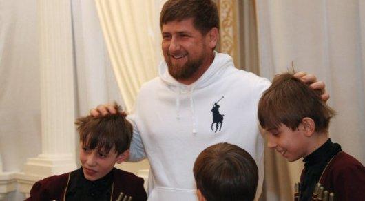 Кадыров высказался против участия несовершеннолетних вмитингах