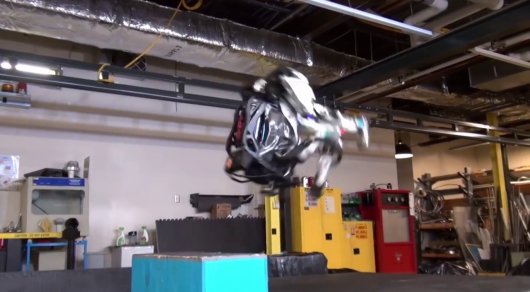 Boston Dynamics научила робота Atlas делать сальто&nbsp